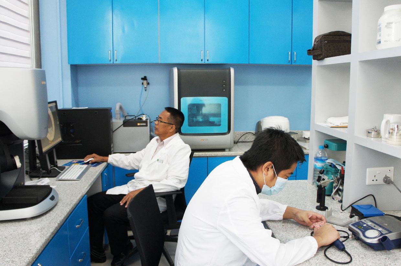 Digital Prosthetics Lab