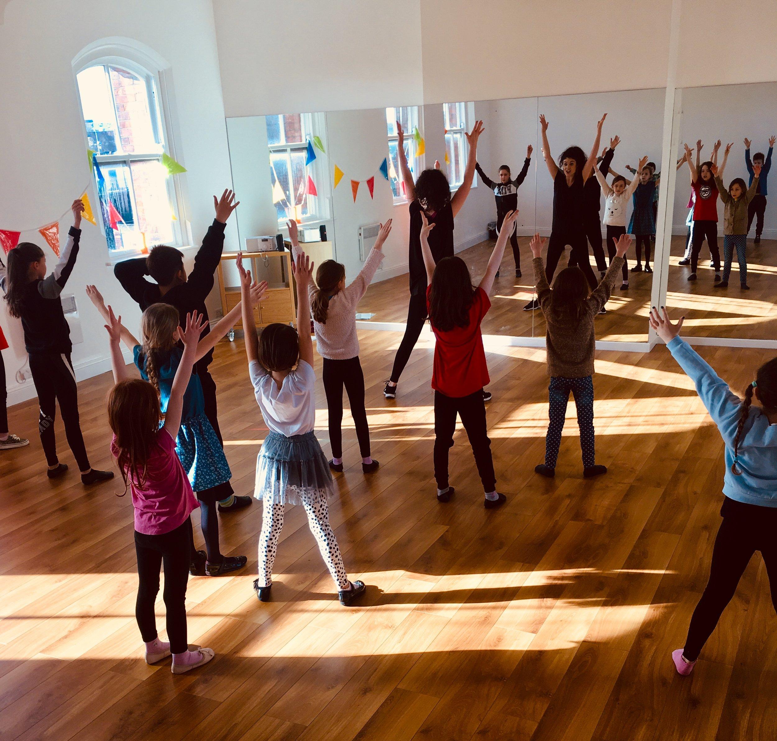 sing dance act -