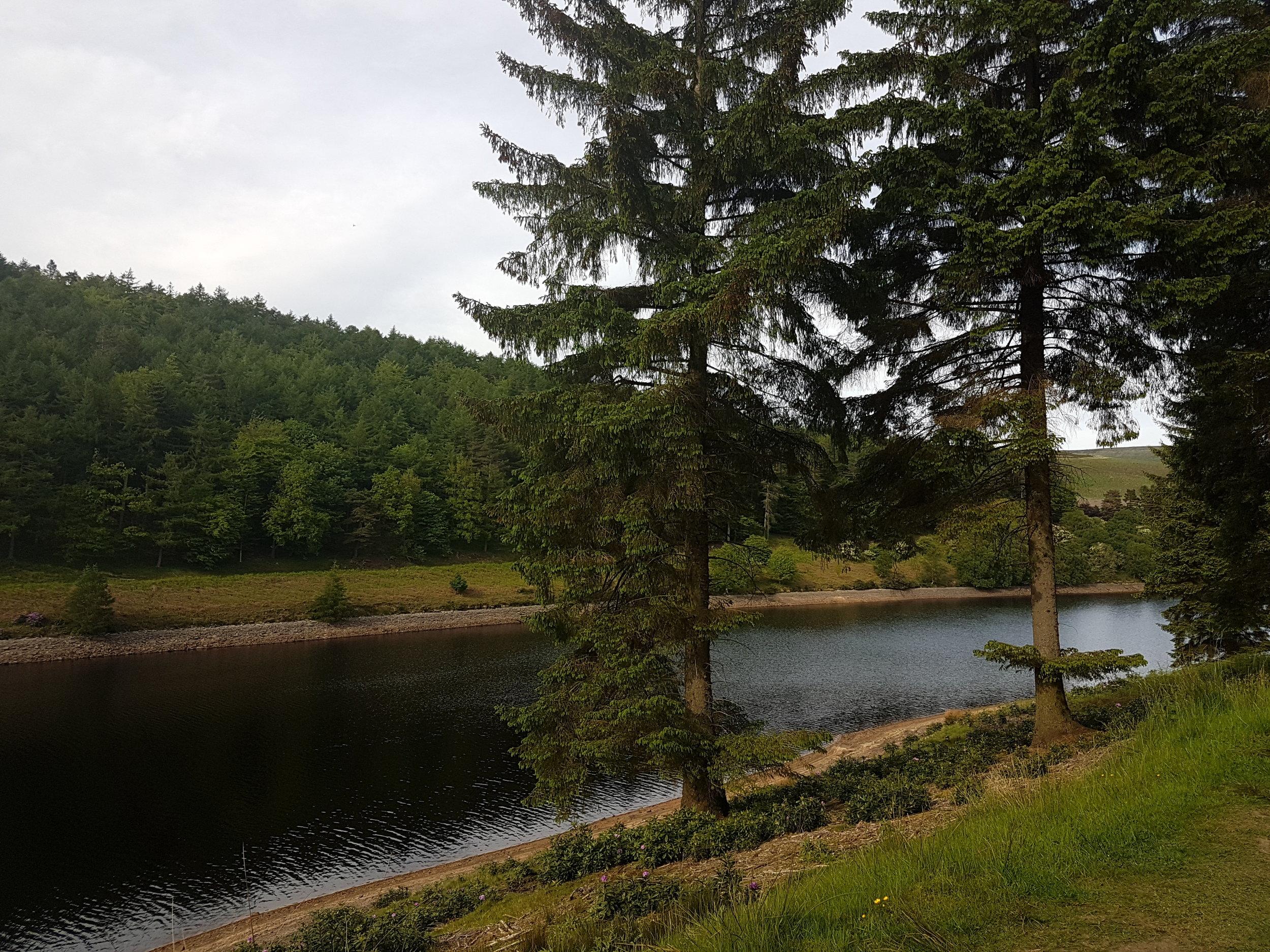 Derwent Dam.jpg