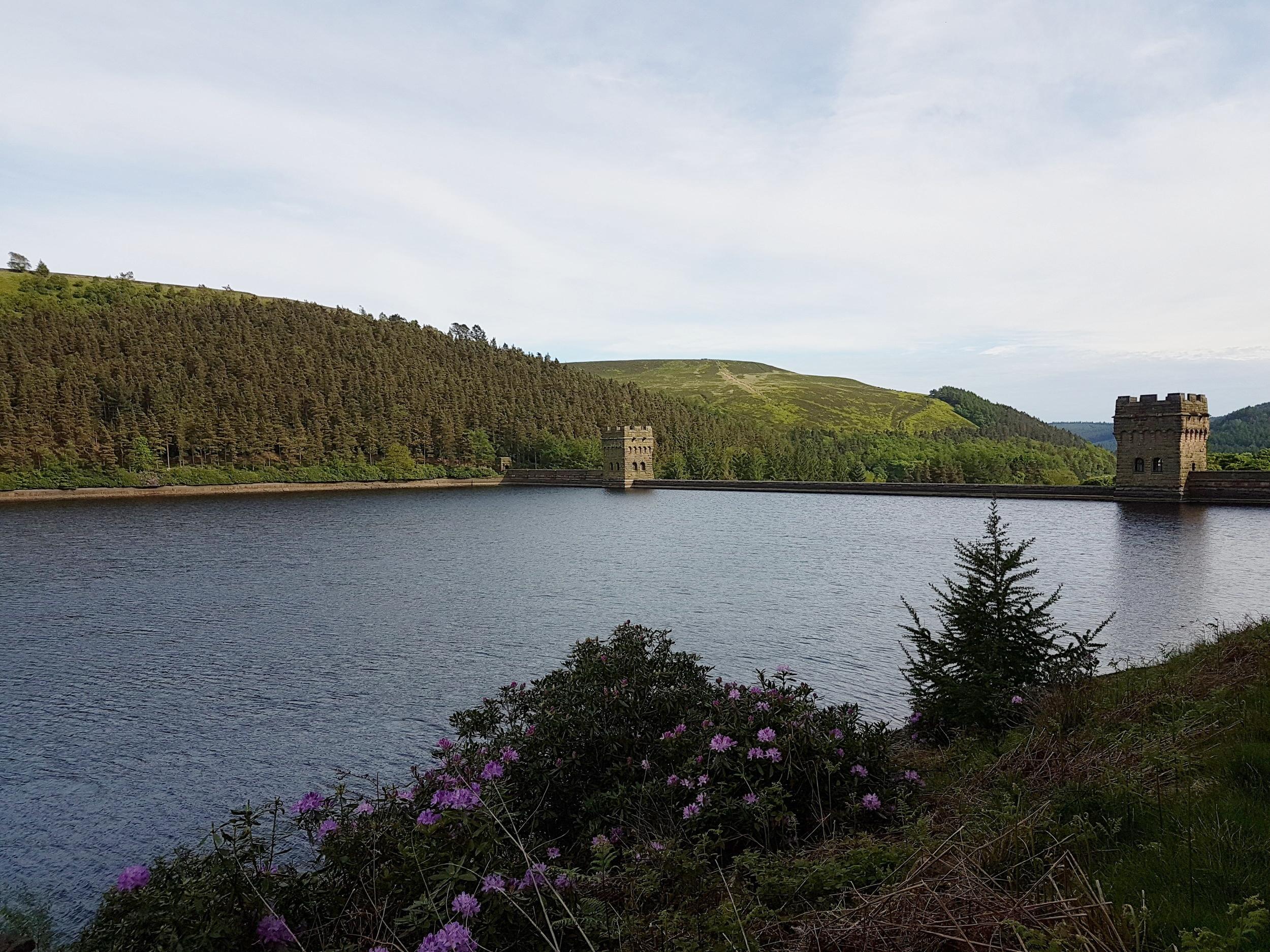 Ladybower Dam.jpg