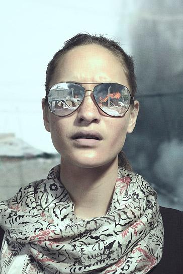 Sunglasses_female_04.jpg