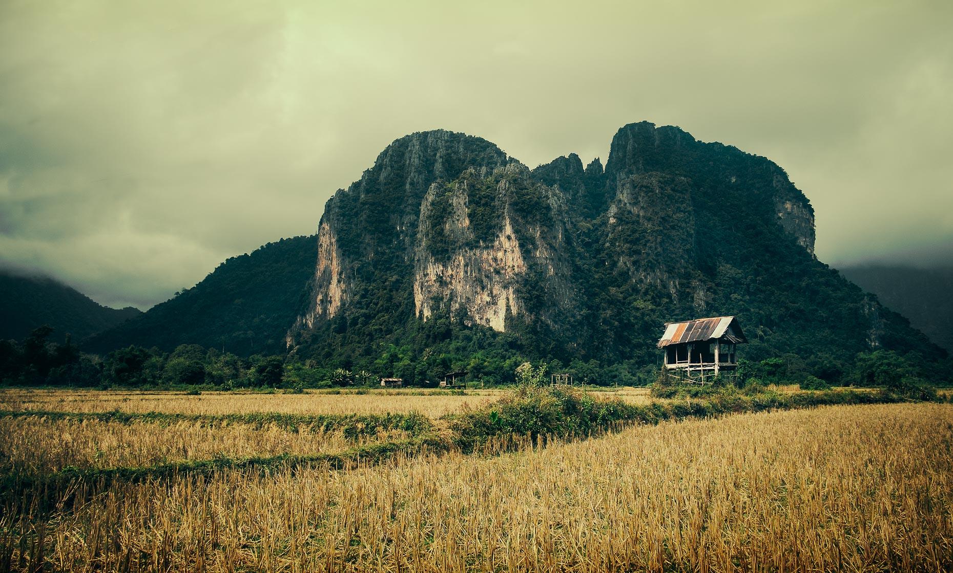 Laotian_Shack.jpg