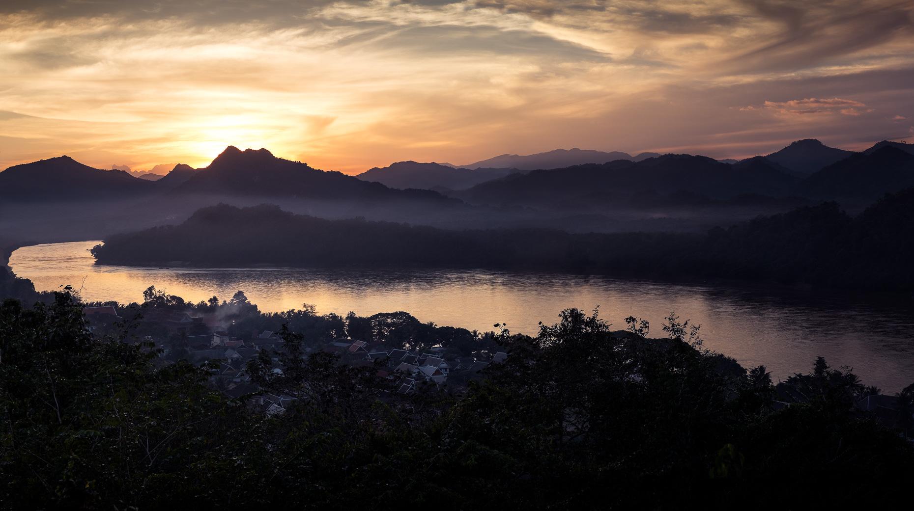 Luang_Prabang_Sunset_Composite.jpg