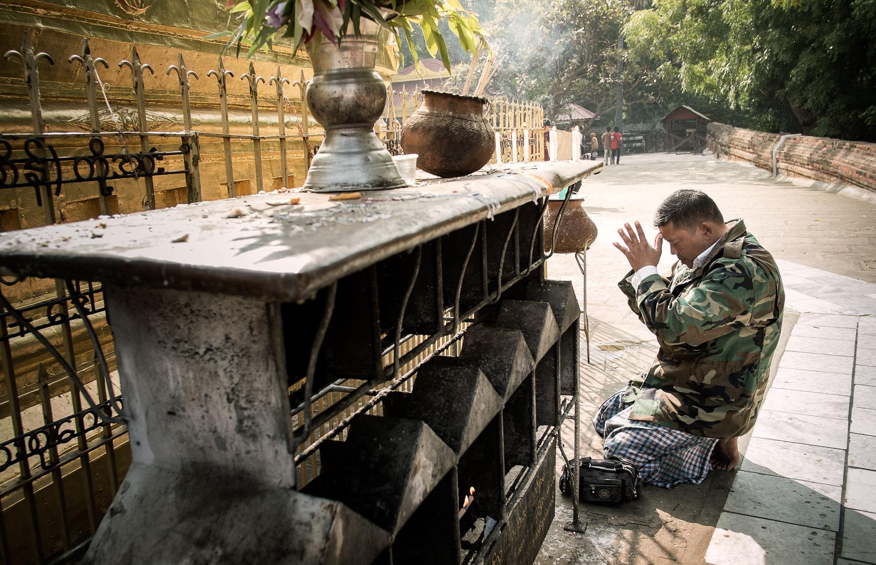 Army_Prayer.jpg