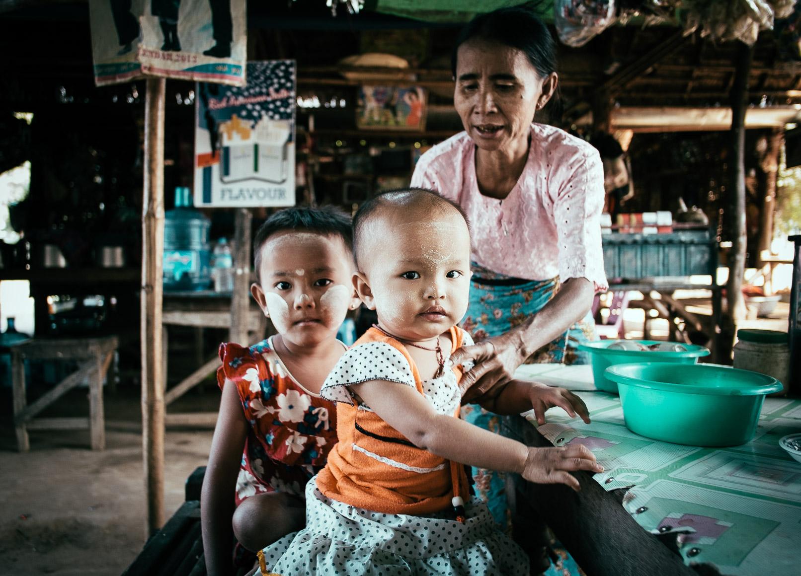 Burmese_Children.jpg