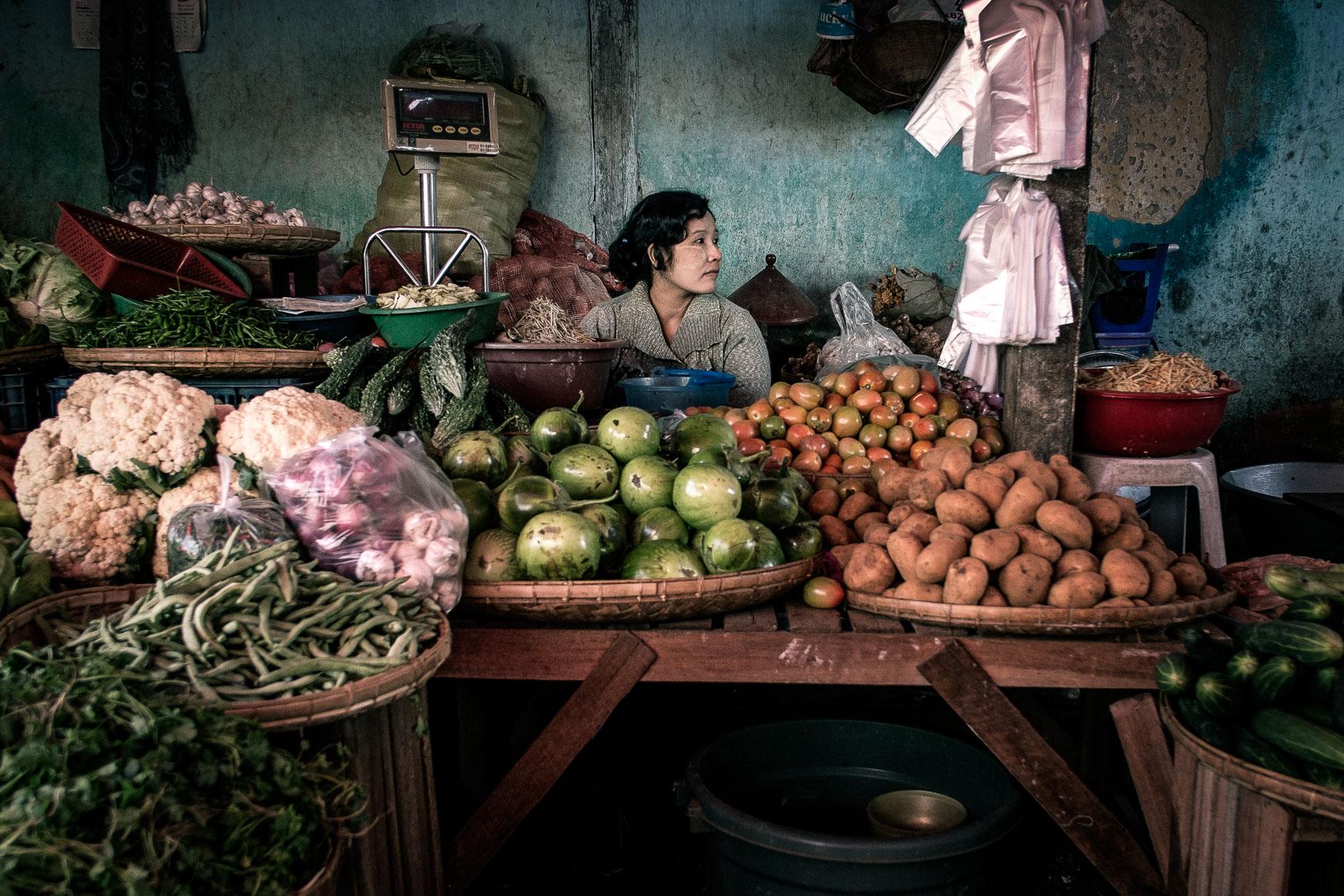 Veggie_Market_Woman.jpg