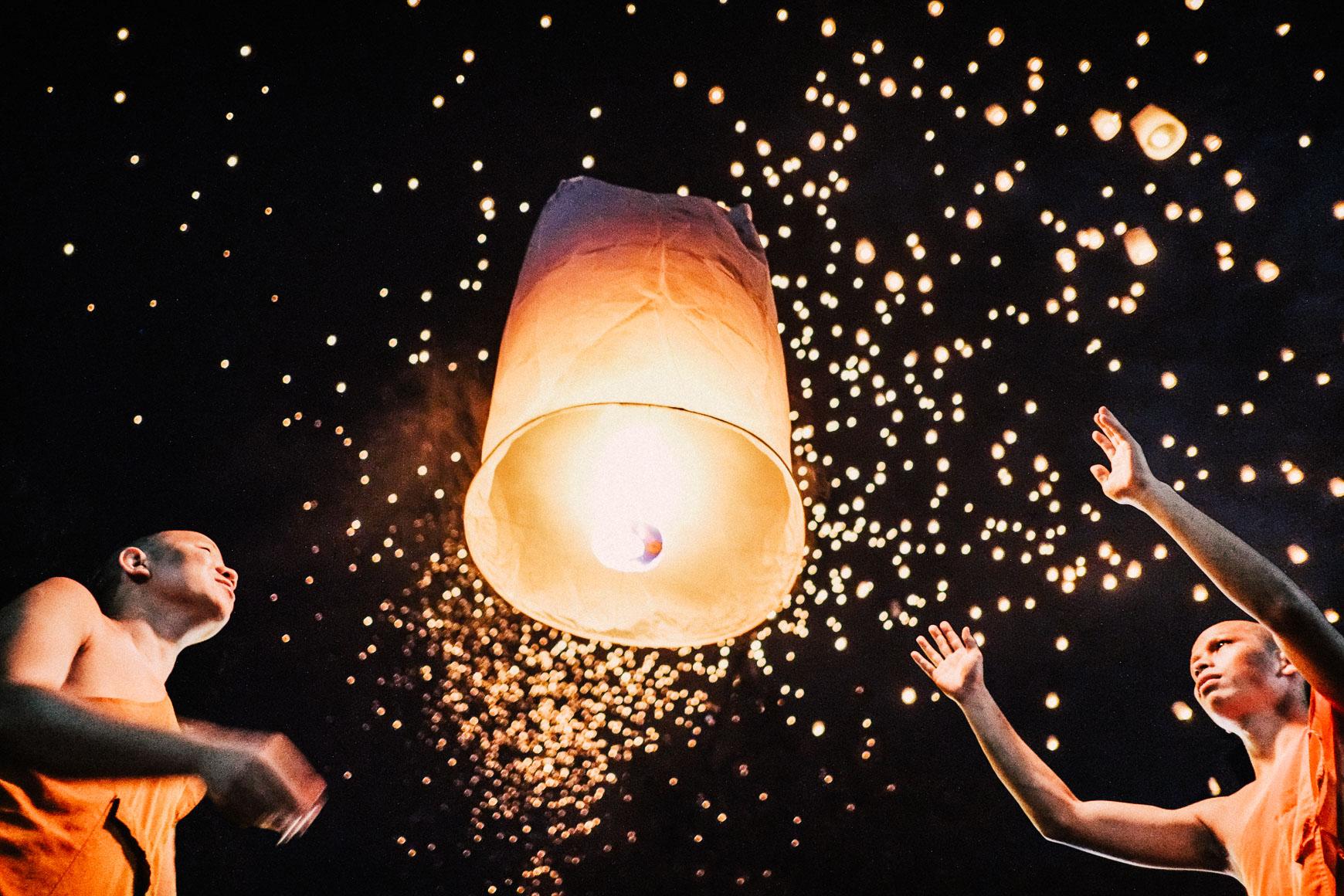 Lantern_Monk.jpg