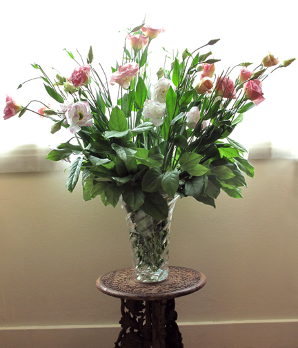 Lisianthus flower arrangement