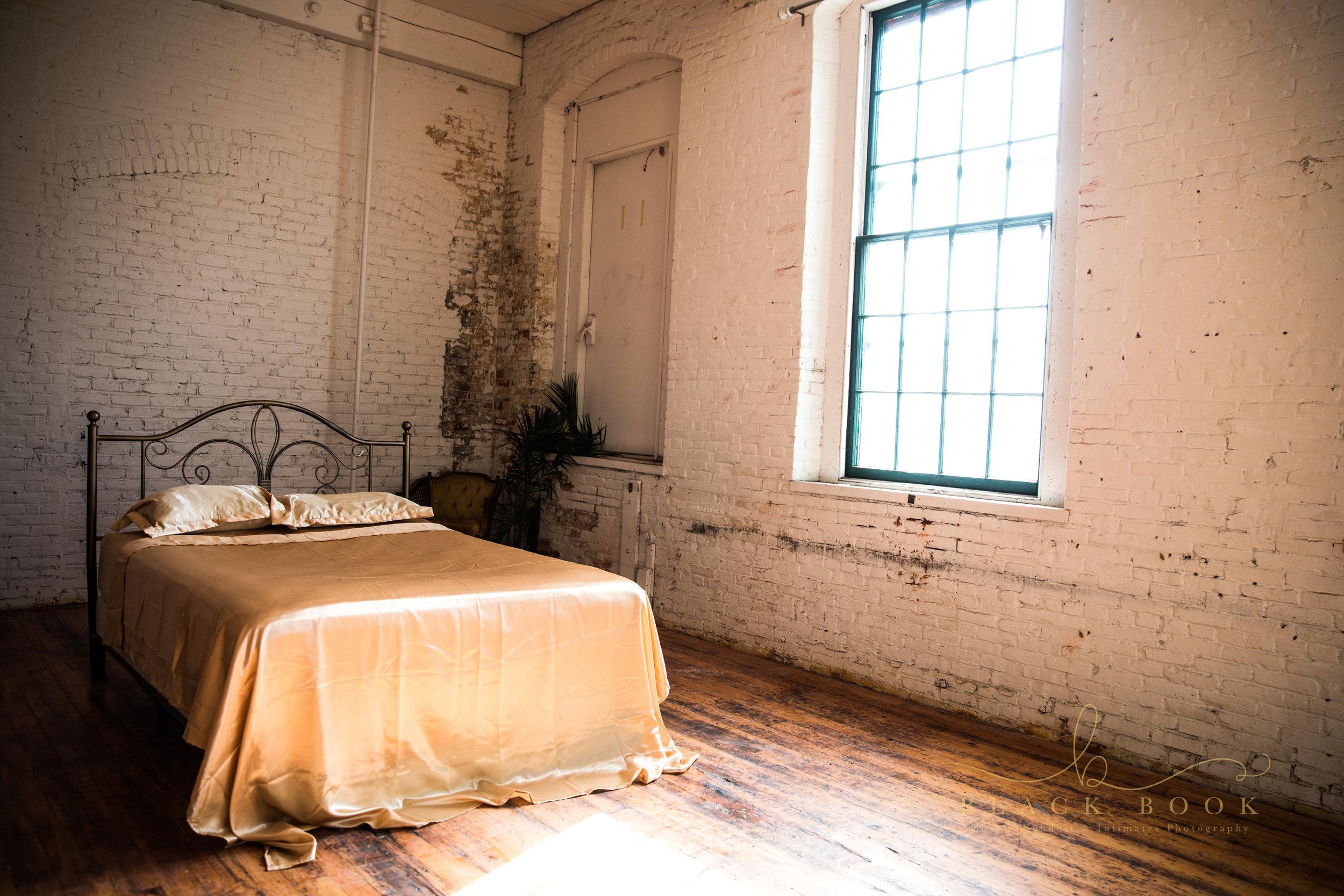 metal-bed-gold-sheets-boston-Boudoir-Studio-Amanda-Morgan.jpg