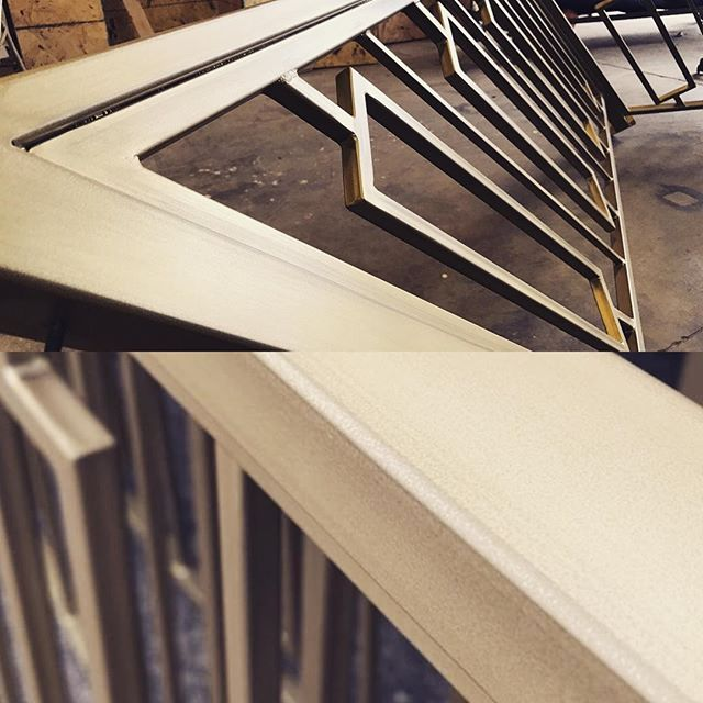 We've worked endless hours to get this custom handrail  project just right.  Definitely one for the 📚📚. #rusticnail #interiordesign #interiordecor #designbuild #design #create #creative #metalwork #metalfinishing #handrail #handrailing #brushed #details #wishicouldkeepthisone #thankful #blessed #teamwork