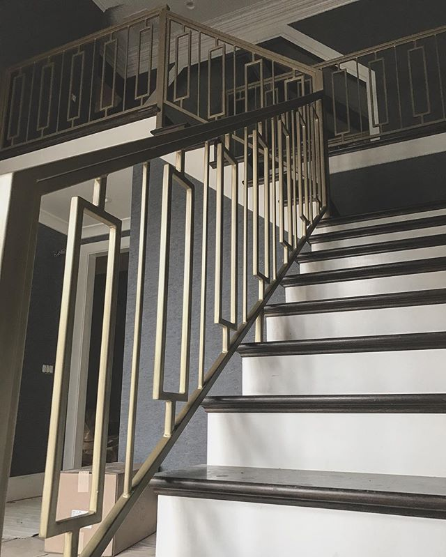 These railings were meant to be here.  Fitment, Finish, Flawless 👌🏼👌🏼👌🏼 #custom #create #design #designbuild #decor #interiordesign #teamwork #blessed #thankful #welding #metalwork #metalfab #brushedfinish #oneoff #oneofone #fitment