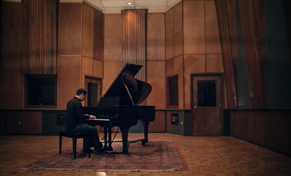 Kirk Smith At Piano.jpg