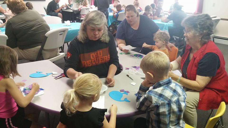 VBS 2016 Craft workers and more.jpg