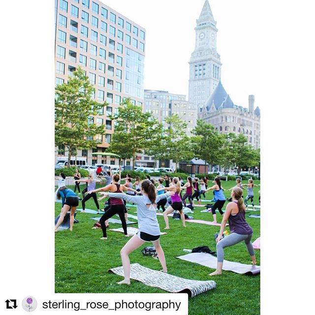 Sneak peek of one of many fab photos taken by our friend Amy O'Brien of @sterling_rose_photography at last week's event with @sweatwithlaurenhefez on the @rosekennedygreenway! Weren't able to make it? Don't worry! We are back in a few weeks with @karaduvalpilates on August 9th! Save the date - details coming soon 😃 ・・・ Don't get sucked into the busy city life, remember to take time for yourself. . . #pwp #pilateswithpurpose #boston #rosekennedygreenway #greenway #southboston #financialdistrict #city #citylife #busy #pause #reflect #breathe #sportphotography #pilates #yoga #canon #summer #sweat #seaport #seaportsweat #numberone #stretch #strength