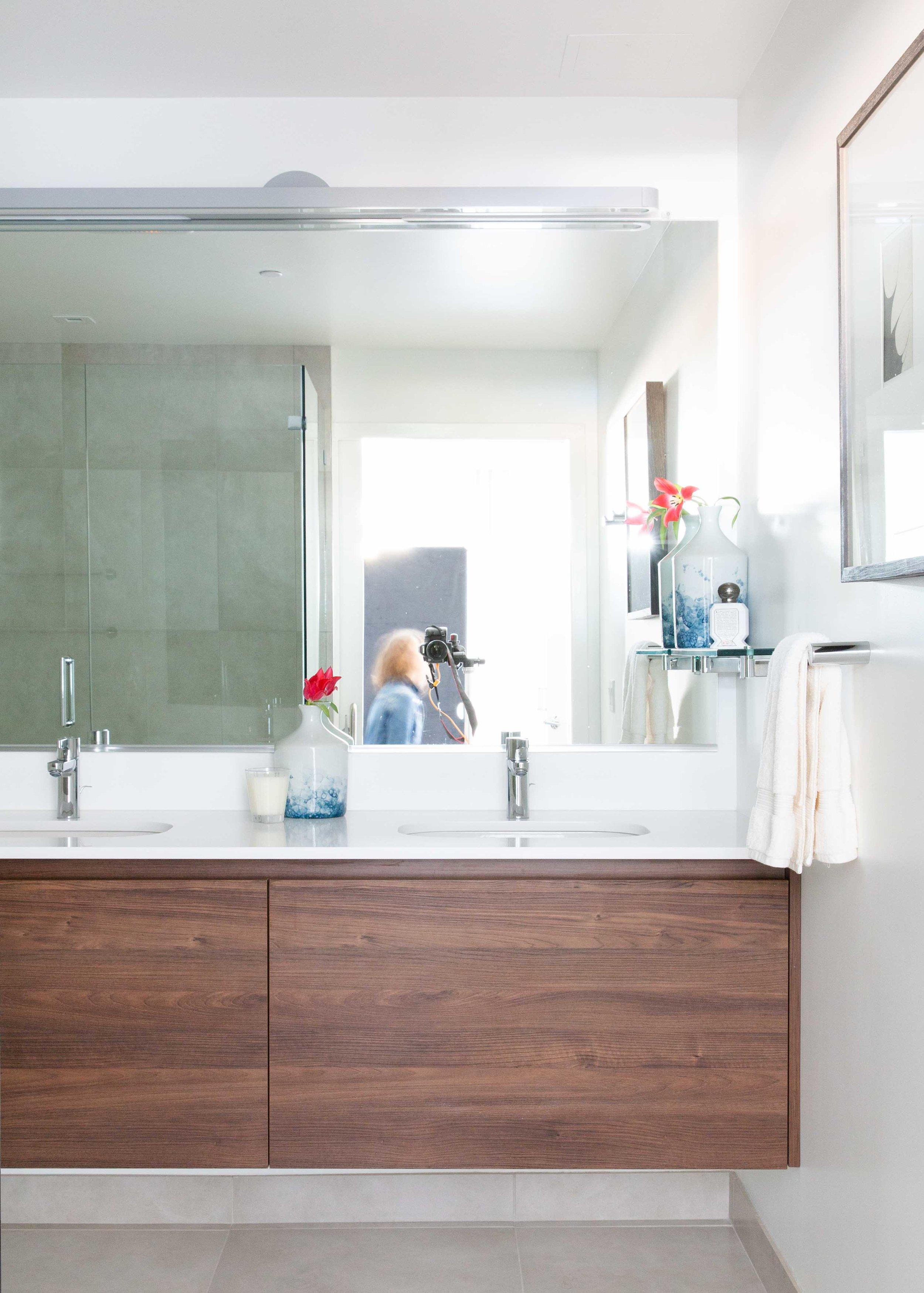 17-Bath.jpg