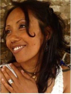 Conduce Iris Gioia A. Le Piane -
