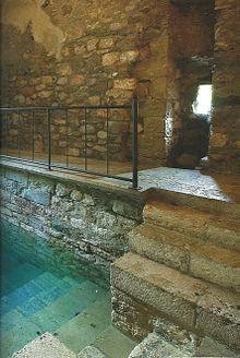 bath for ritual purification