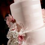 detail-wedding-cake-sugar-flowers-butterfly-150x150.jpg