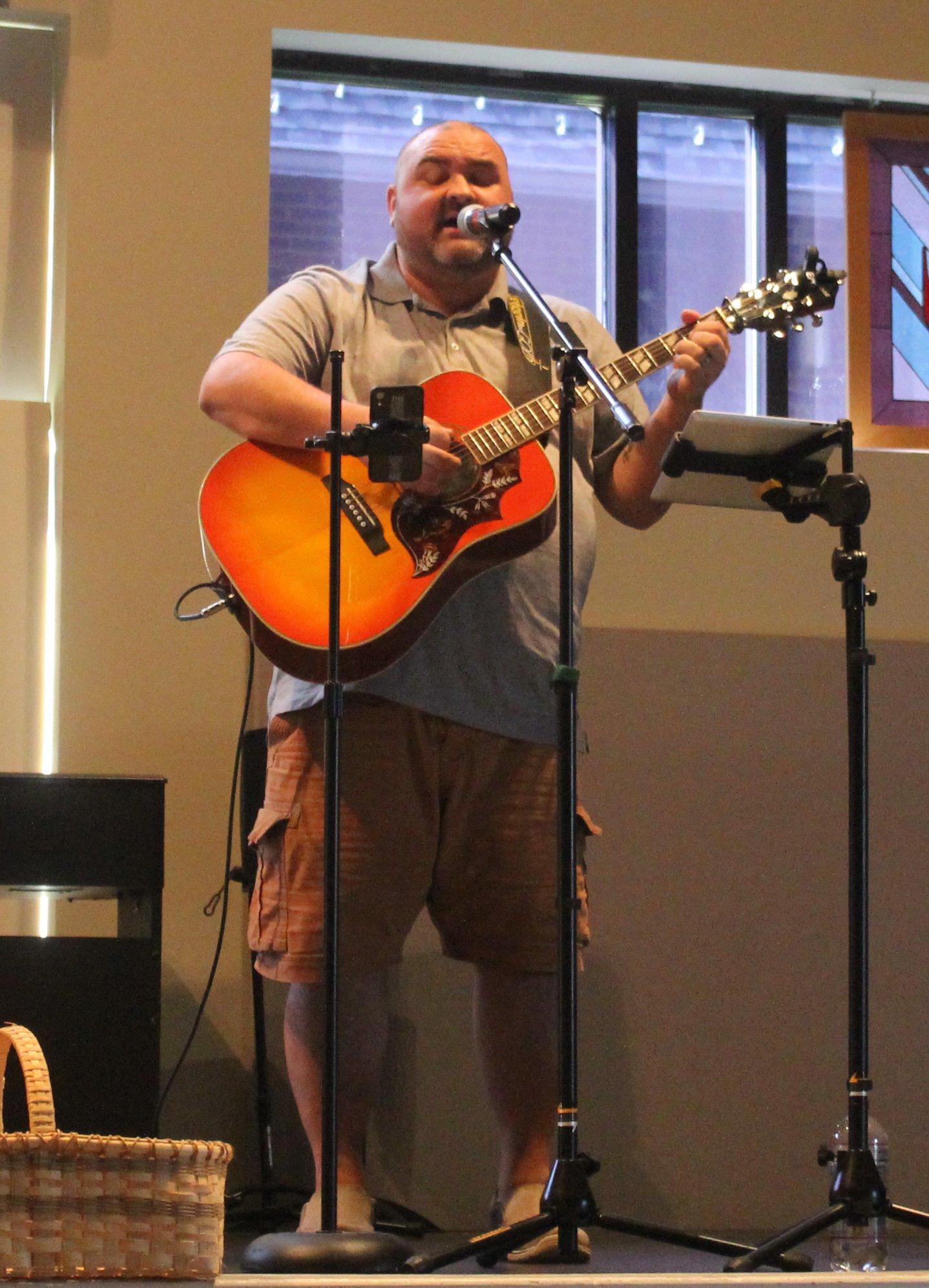 - Contemporary Worship Leader Matt Stratfordmattstratfordmusic1@gmail.com