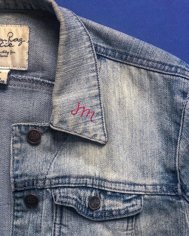 Finally getting around to hand embroidering this old thing. I sign every piece of my work with this little mark of my initials. So pumped to deck out this old denim jacket with lettering and embroidered flowers 😍🌻🌼