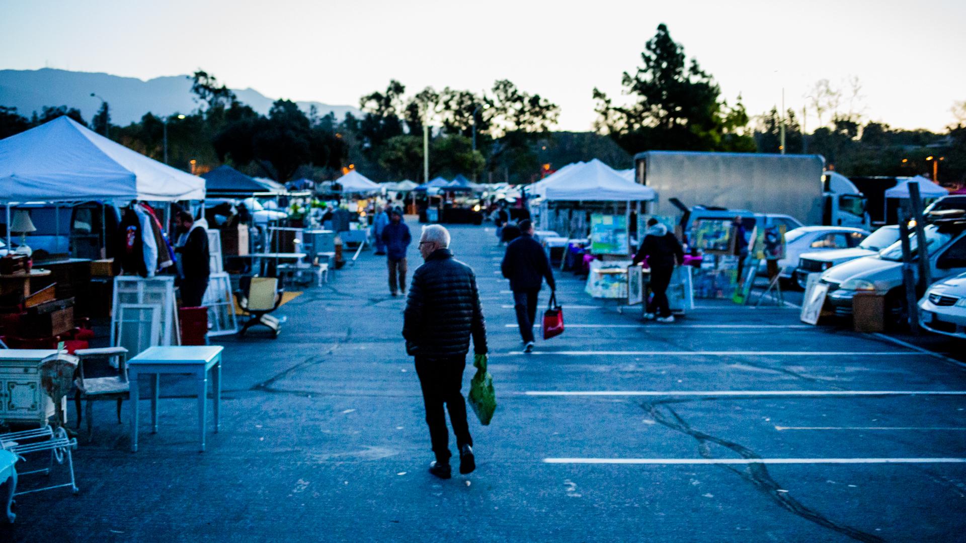 Jim_heimann_Pasadena_flea_market.jpg