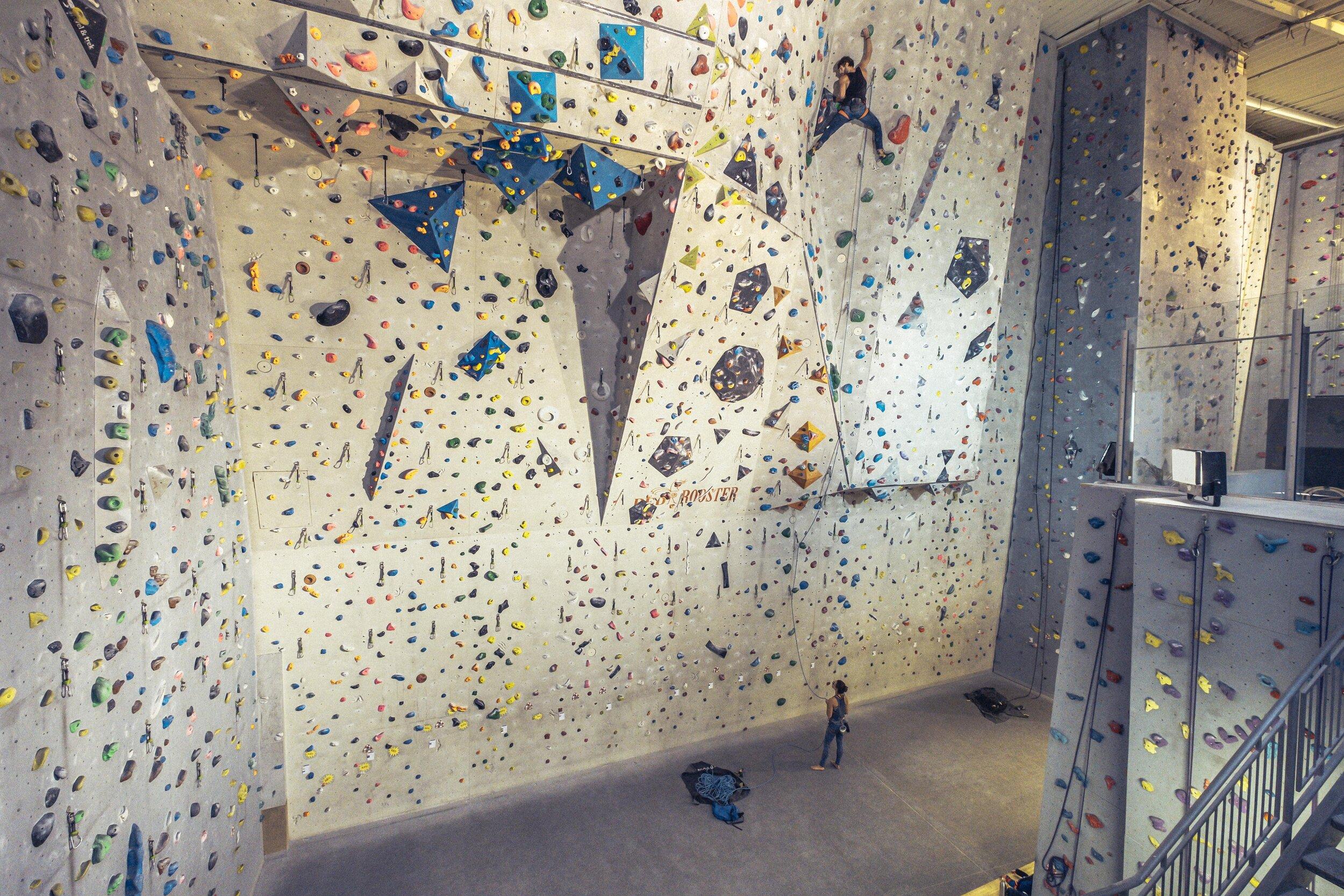 Climbing_Factory_2_Panobase.jpg