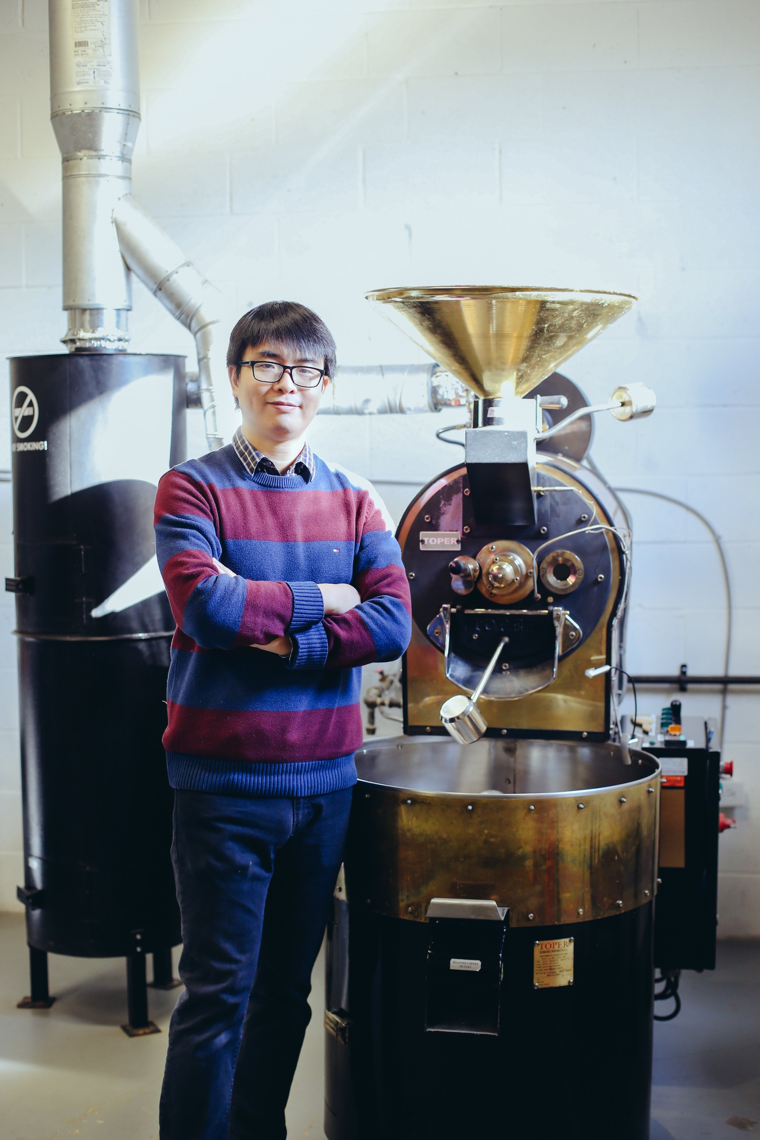 <b>Chunhui Zhang</b><br>Coffee Roaster<br><i>Station Instructor</i>