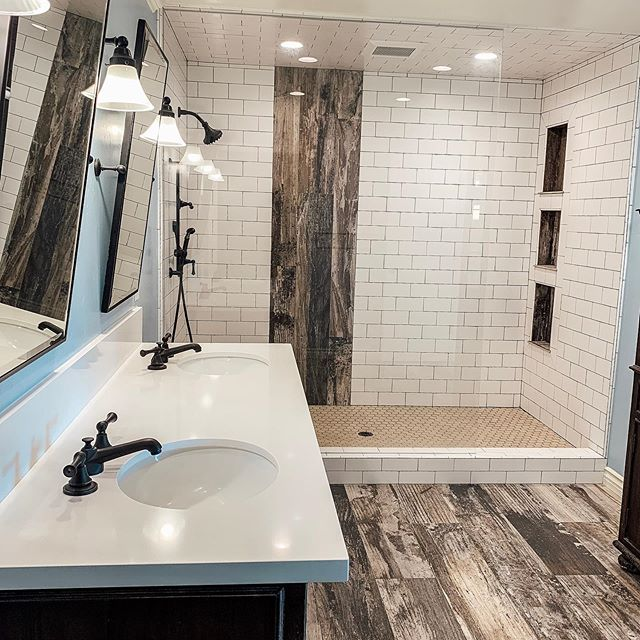 Cheers to the weekend. Here a good looking bathroom from today. . . . #coreinspection  #homeinspection  #bathroomdesign  #209realestate