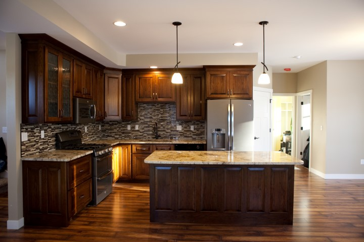 2013Villands-01-Kitchen (Small).jpg
