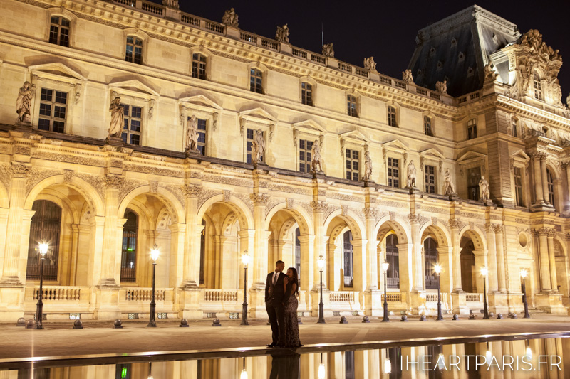 Couple Louvre Night I Heart Paris