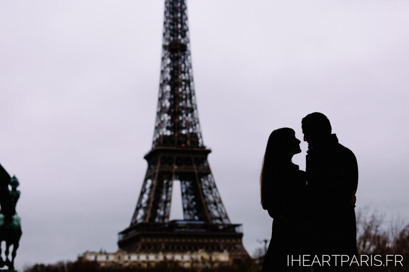Paris Photographer Engagment Silhouette iheartparisfr
