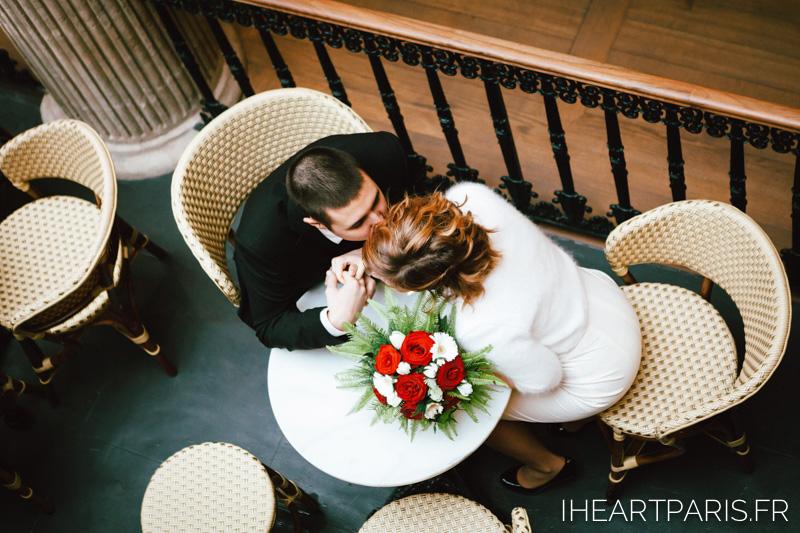 france-destination-wedding-nantes-couple-kiss-iheartparisfr