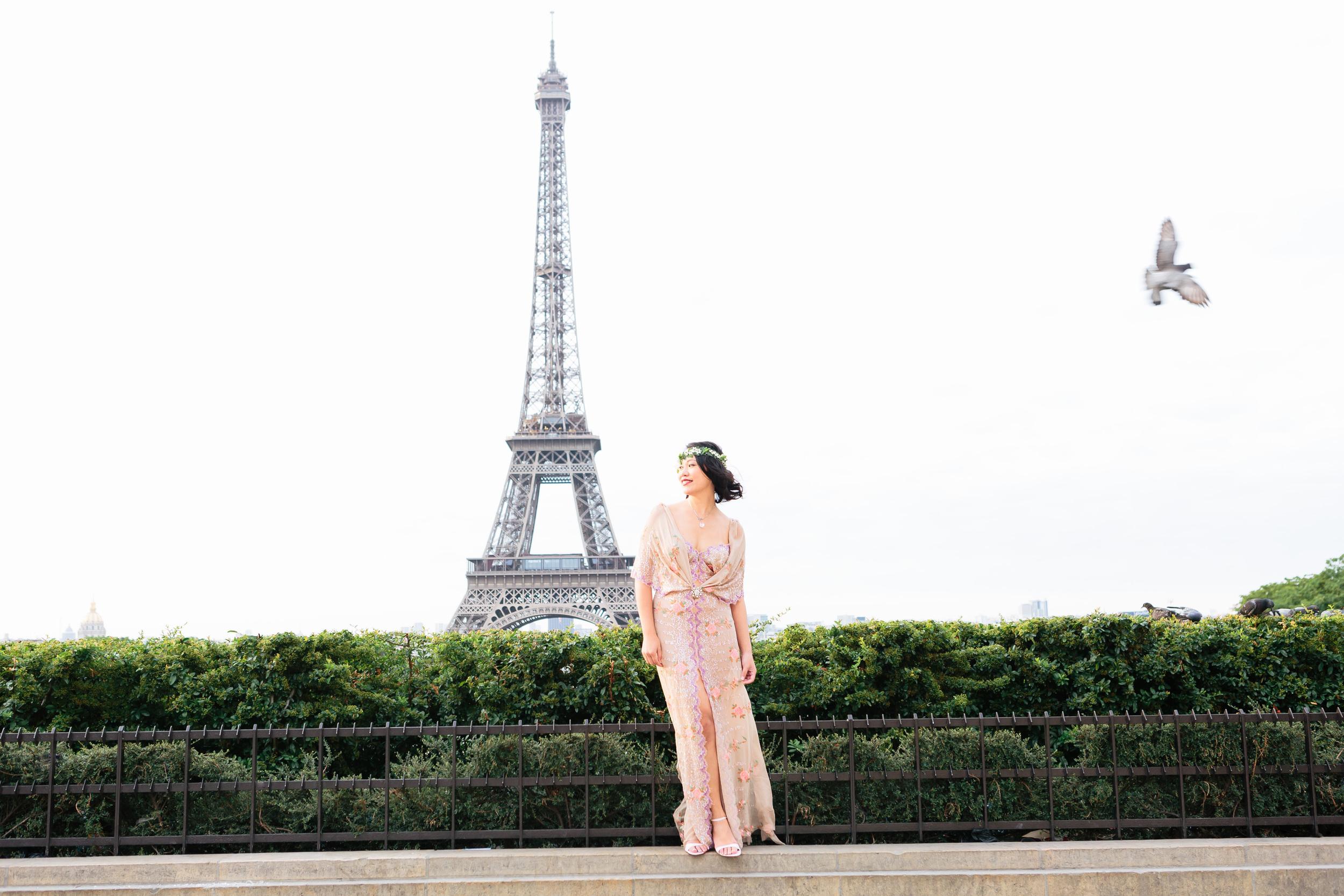 Photographer in Paris, Eiffel Tower, portrait, Birthday, personal branding, IheartParisfr