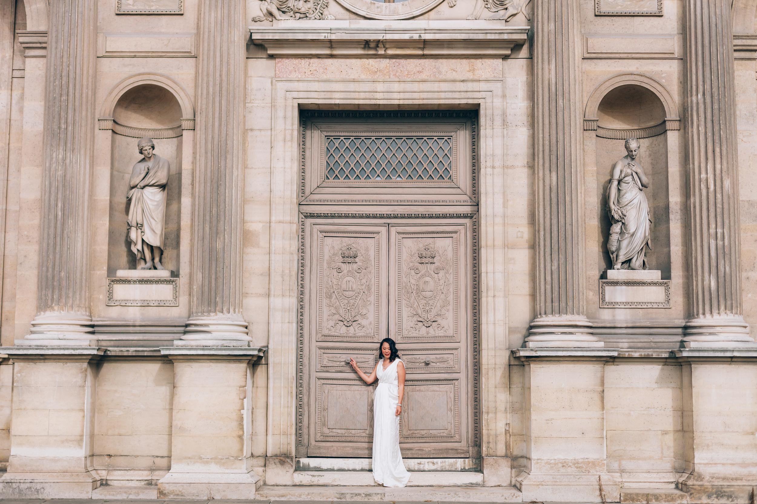 Photographer in Paris, The Louvre, Birthday, individual, portrait session, IheartParisfr