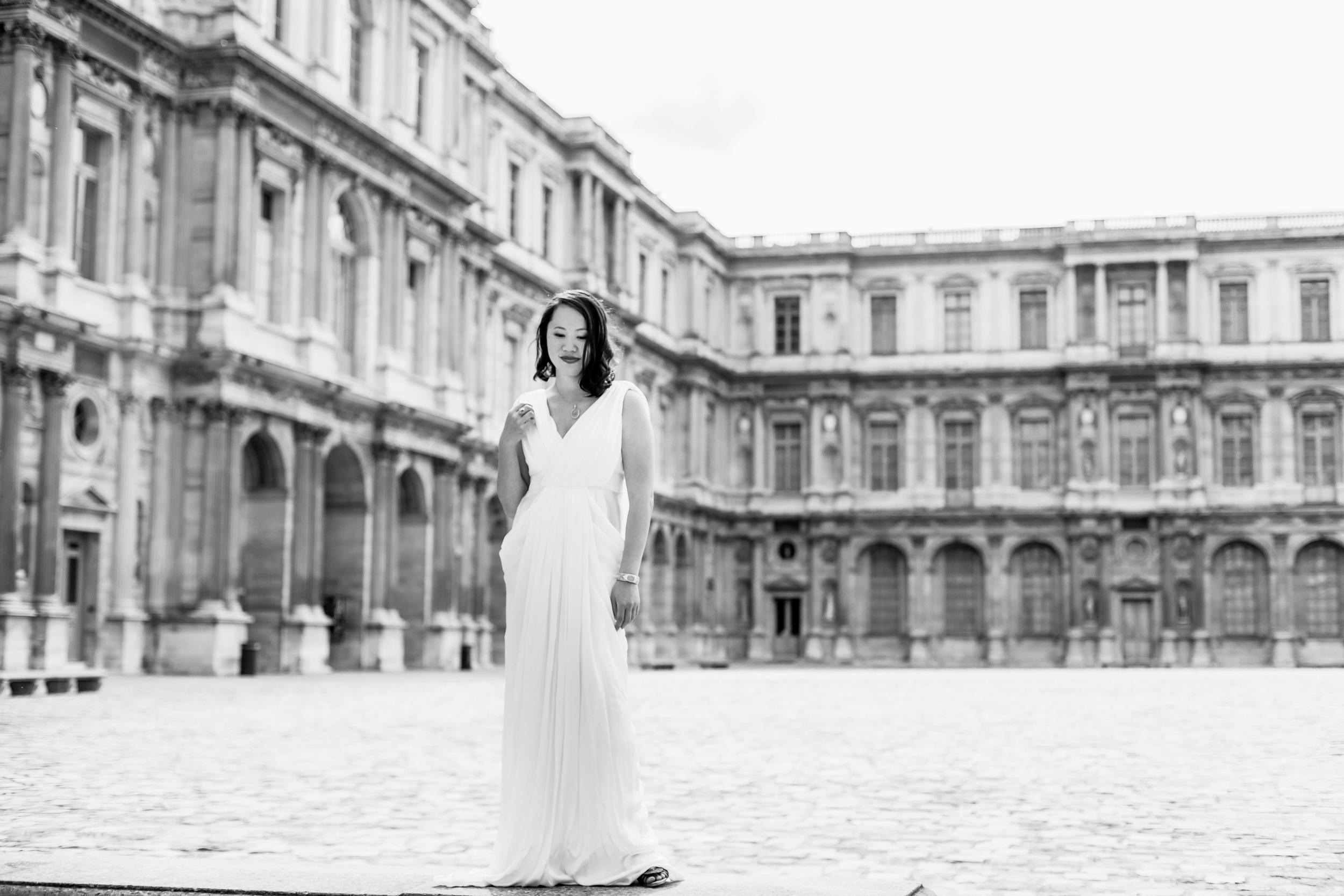 Paris Photographer, The Louvre, Birthday, portrait session, individual, IheartParisfr