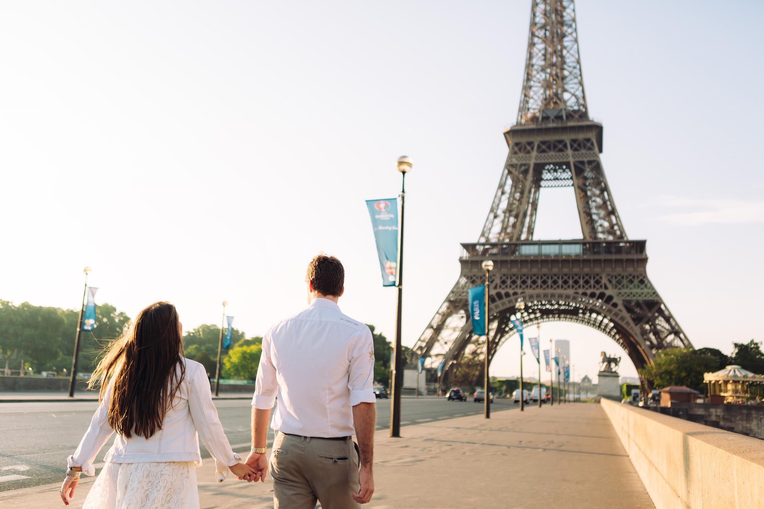 Photographer in Paris, Eiffel Tower, Lovestory, Trocadero, Iheartparisfr