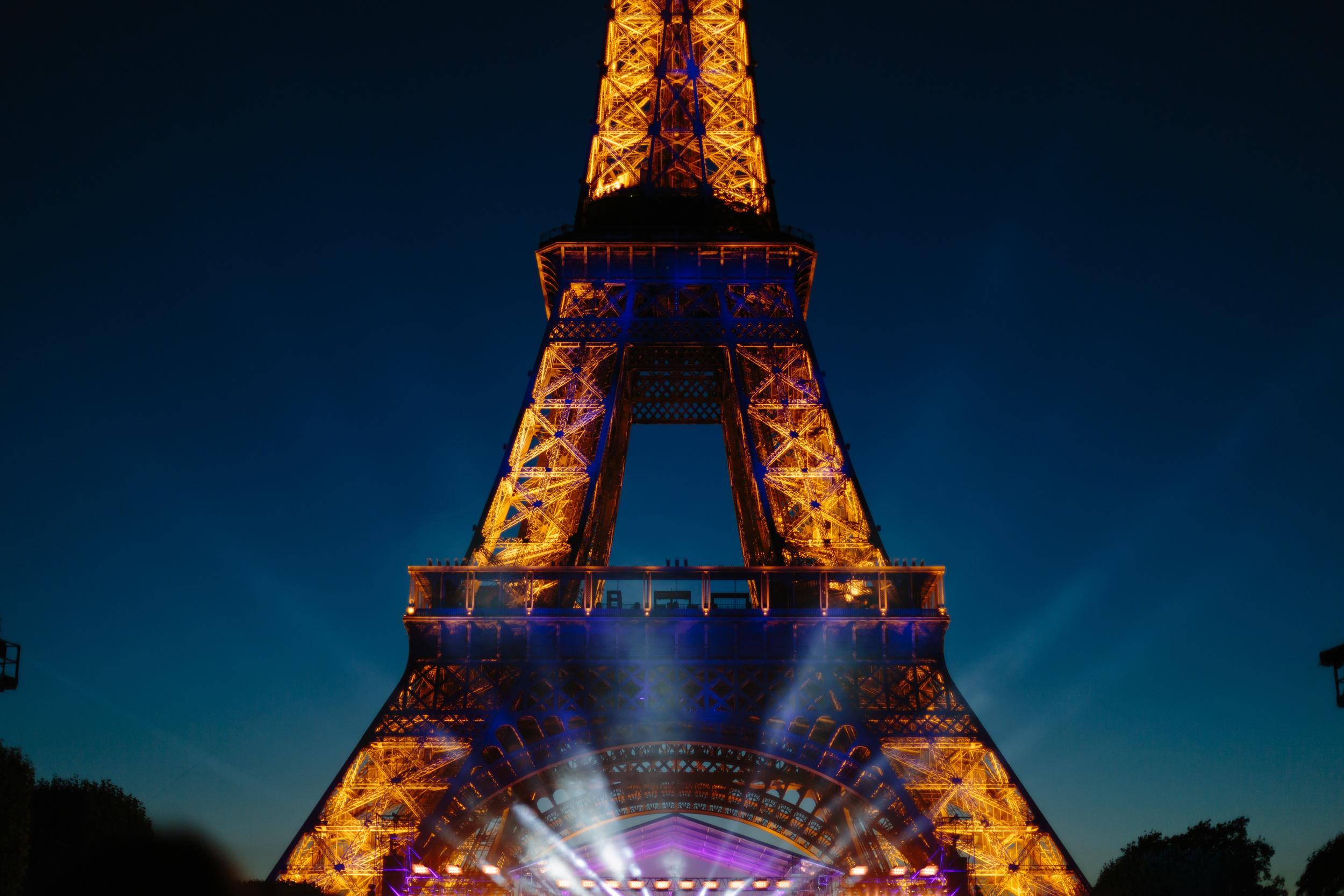 Photographer in Paris, Fireworks, 14 juillet, 14 July, Bastille 2015, Tour Eiffel, Iheartparisfr
