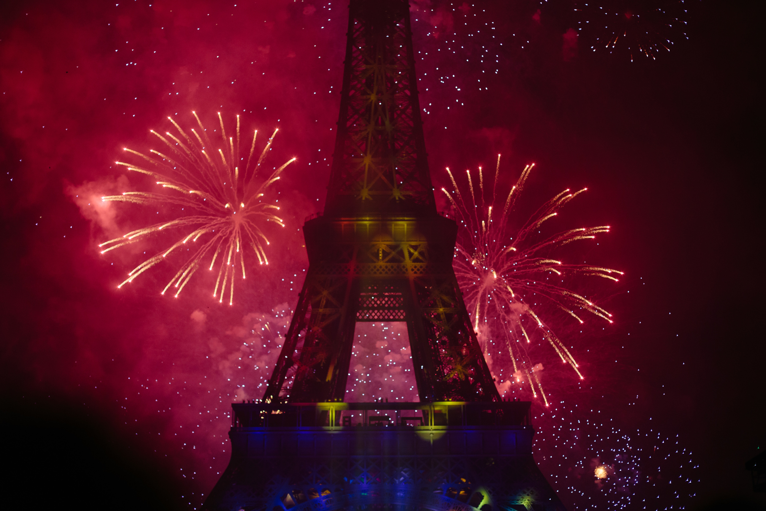 Photographer in Paris, Bastille, Eiffel Tower, Iheartparisfr