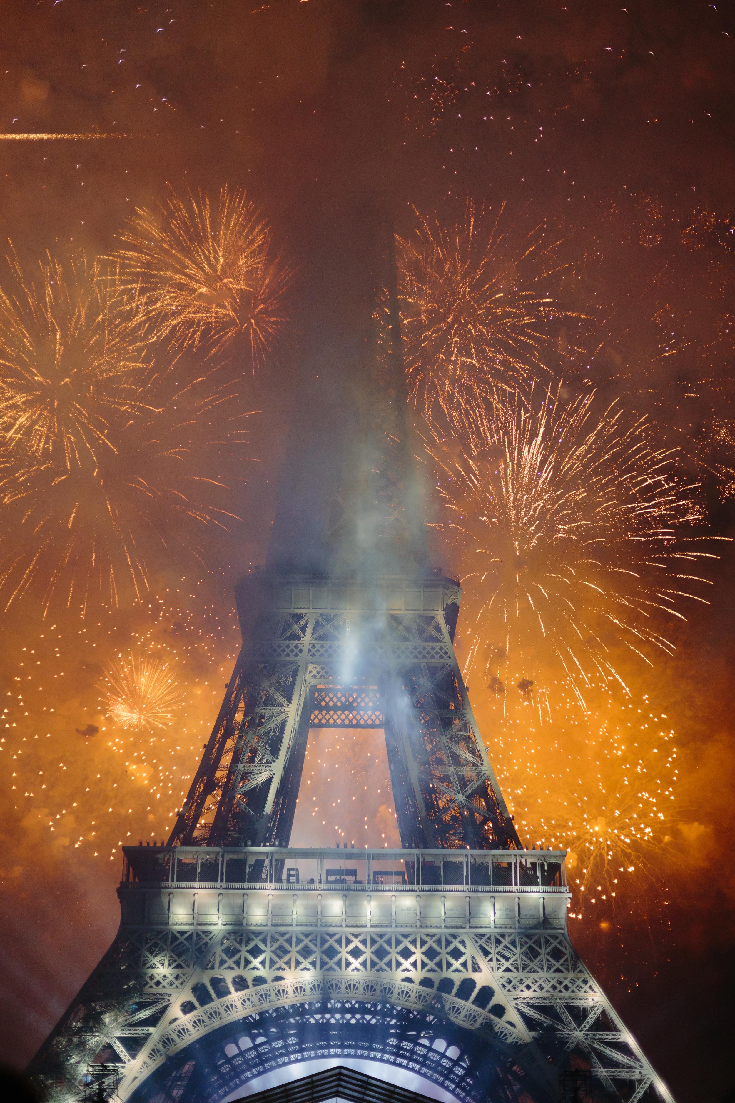 Paris Photographer Fireworks Bastille2015 Eiffel Tower Iheartparisfr