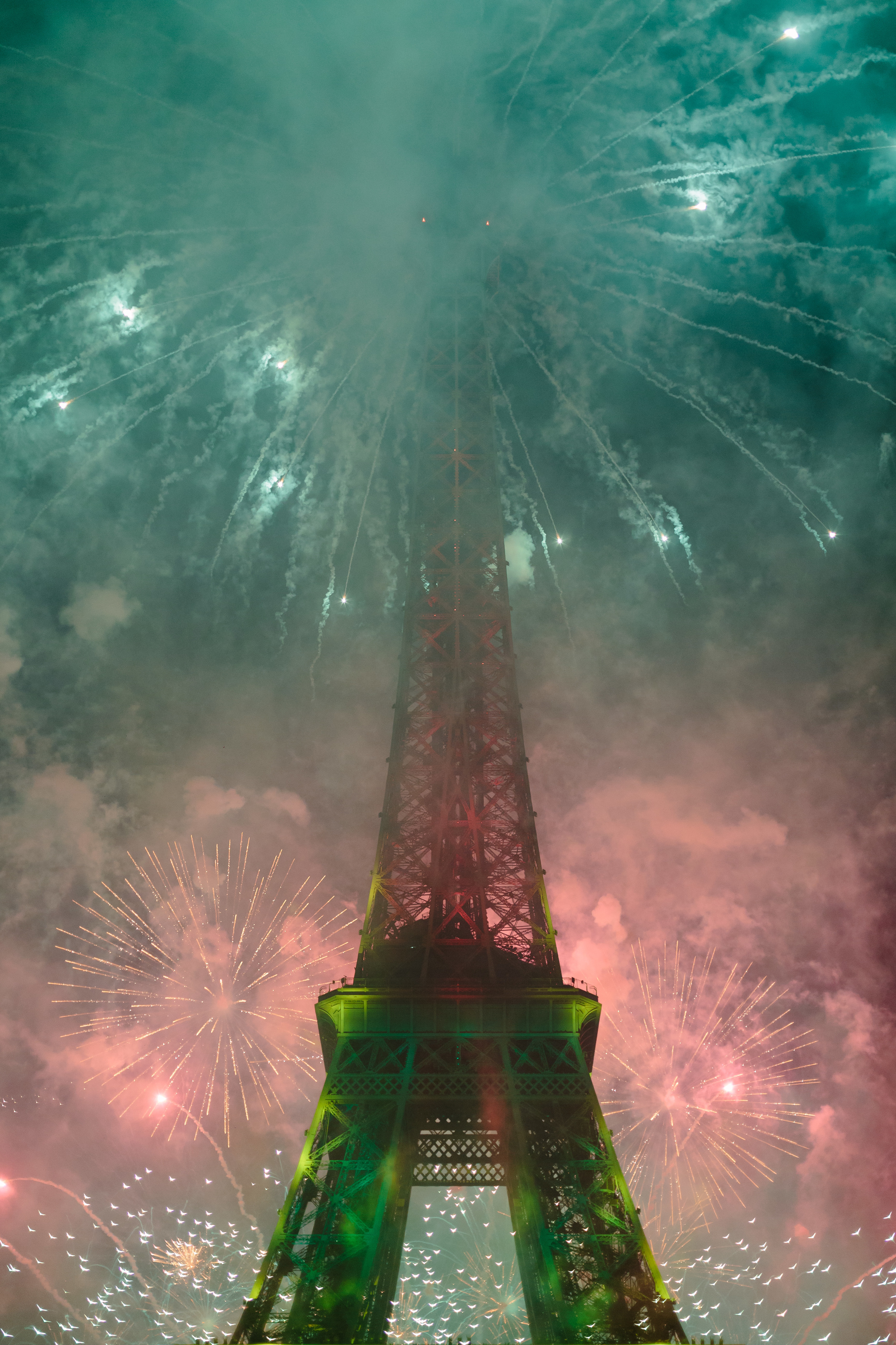 Paris Photographer Bastille 2015 Fireworks Eiffel Tower Iheartparisfr