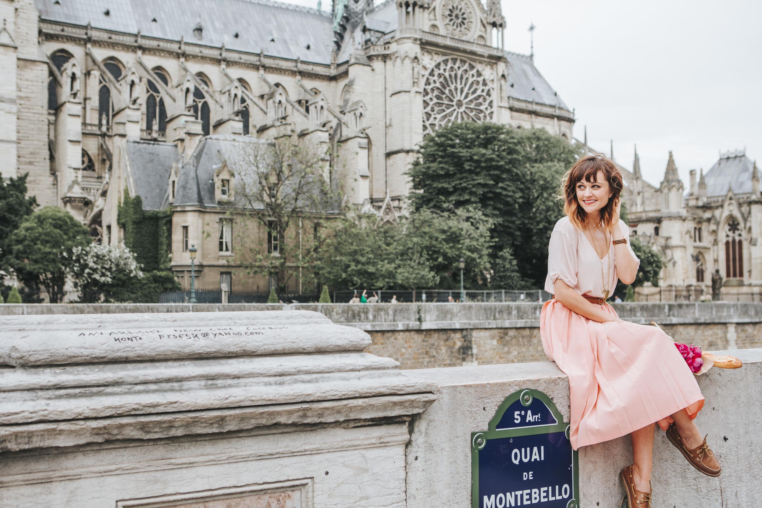 paris photographer fashion blogger lifestyle portrait by notre dame