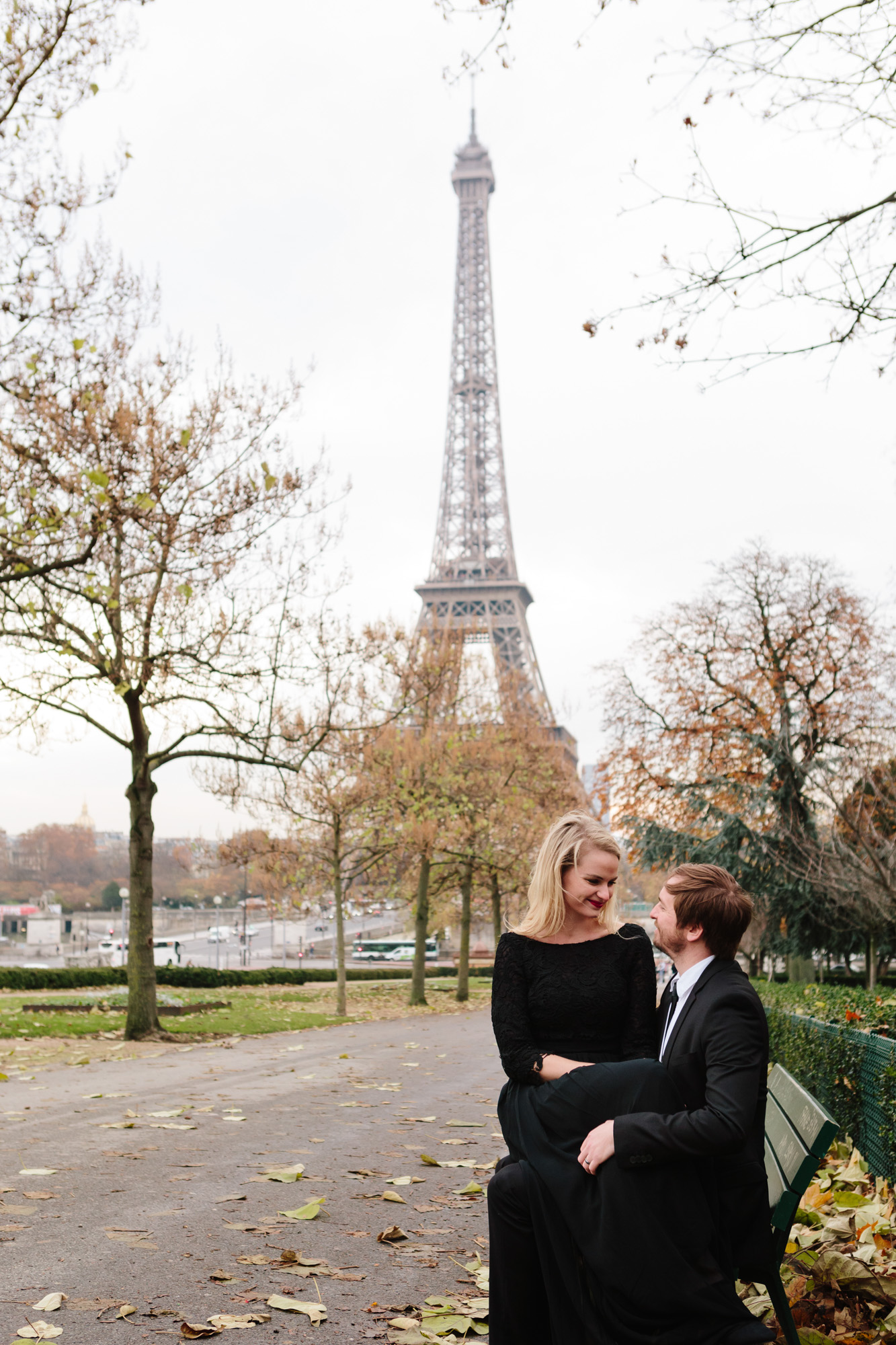 Couple engagement session by the Eiffel Tower captured by Photographer in Paris Federico Guendel