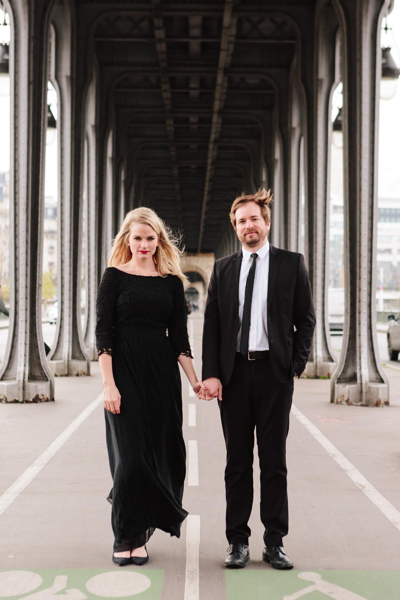Paris Photographer Federico Guendel captured couple engagement portrait at Pont Bir Hakeim