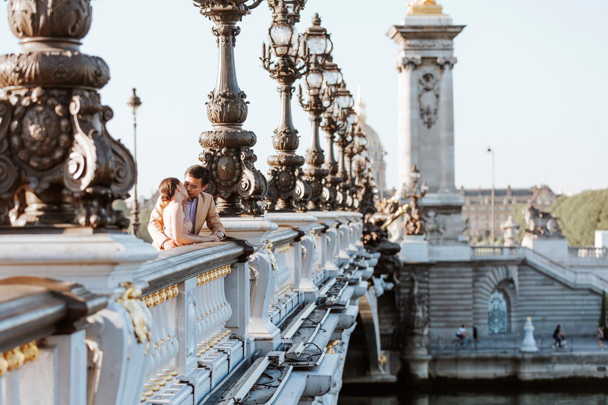 Pre-wedding couple portrait session at Pont Alexandre III captured by Paris Photographer Federico Guendel