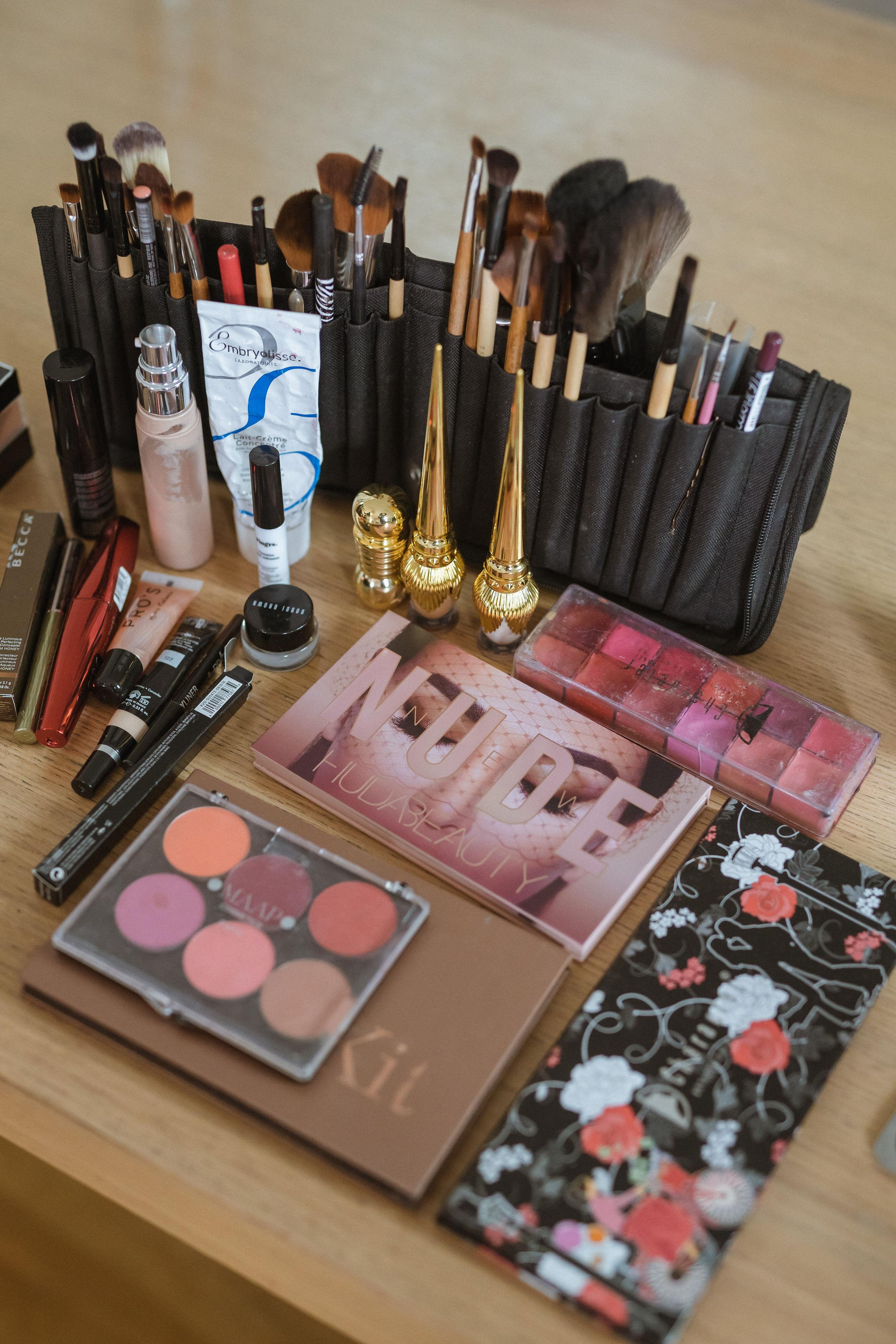Parisian Makeup Artist Station by Iheartparisfr.jpg