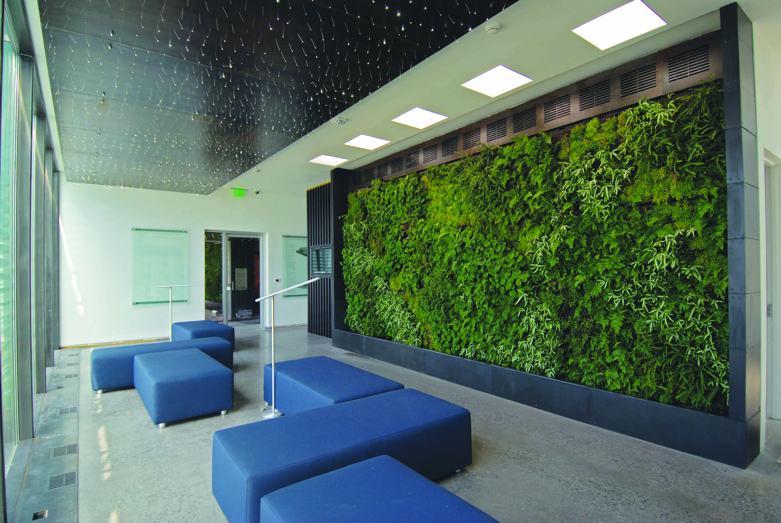 15 Interior View of Lounge.jpg