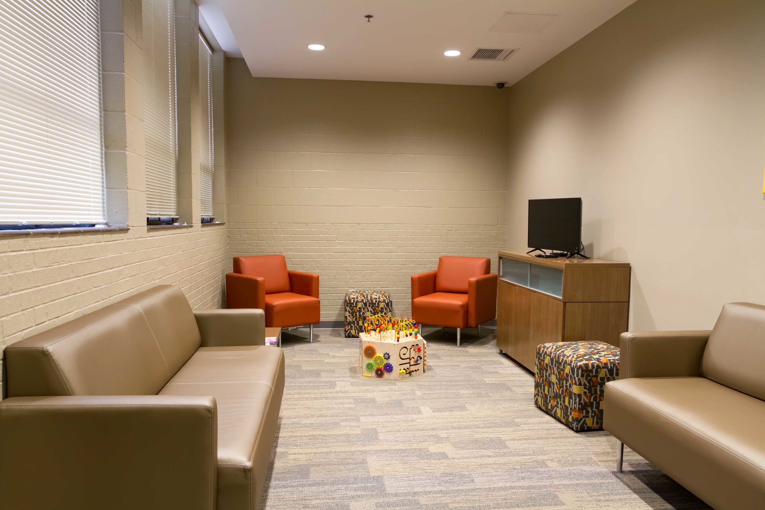 Lounge_Waiting Room-4.jpg