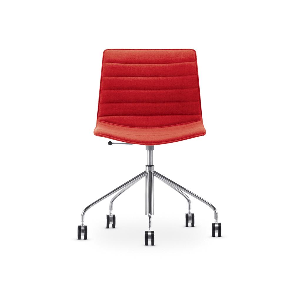 Arper_Catifa46_chair_5ways_CRO_upholstery_0296_2.jpg