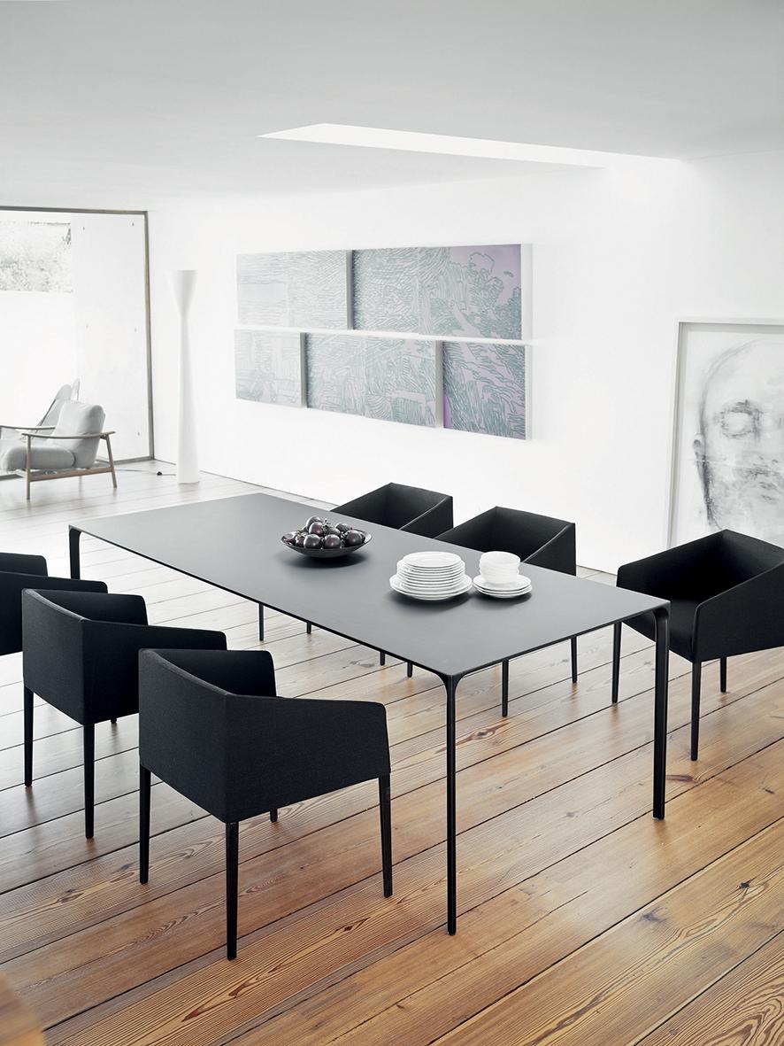 Arper_Saari_TR_armchair_4legs_PrivateResidence_upholstery_2703.jpg