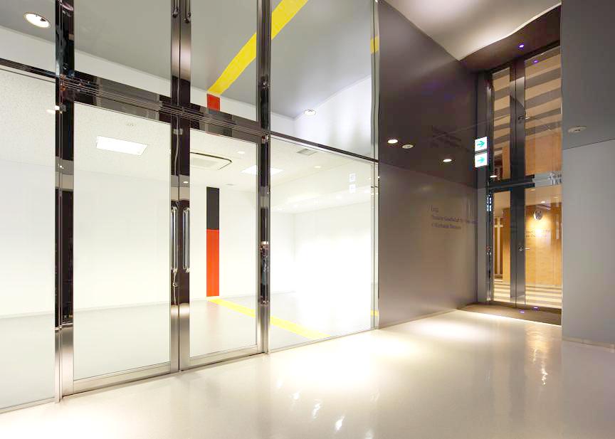 02_エレベーターホール~廊下.jpg